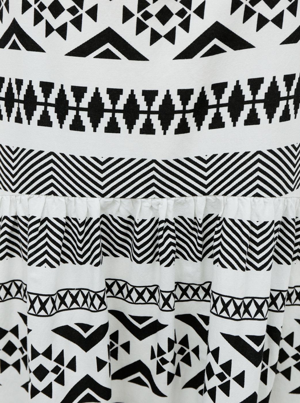 Black-and-white Patterned Dress Only Lucca